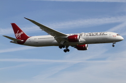さんみさんが、ロンドン・ヒースロー空港で撮影したヴァージン・アトランティック航空 787-9の航空フォト(写真)