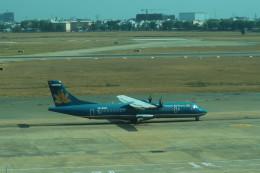 シフォンさんが、タンソンニャット国際空港で撮影したベトナム航空 ATR-72-500 (ATR-72-212A)の航空フォト(写真)