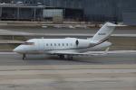 Koenig117さんが、ワシントン・ダレス国際空港で撮影したアメリカ個人所有 CL-600-2B16 Challenger 604の航空フォト(写真)