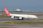 山河 彩さんが、関西国際空港で撮影したエア・レジャー A340-212の航空フォト(写真)