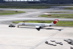 しかばねさんが、羽田空港で撮影した日本航空 MD-90-30の航空フォト(写真)