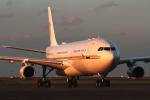 フジコンさんが、羽田空港で撮影したアルファ・スター A340-212の航空フォト(写真)