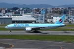 resocha747さんが、福岡空港で撮影した大韓航空 777-2B5/ERの航空フォト(写真)