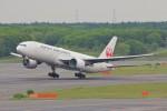 YASKYさんが、新千歳空港で撮影した日本航空 777-246の航空フォト(写真)