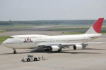 sakanayahiroさんが、新千歳空港で撮影した日本航空 747-446の航空フォト(写真)