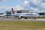 romyさんが、ペインフィールド空港で撮影したターキッシュ・エアラインズ 777-3F2/ERの航空フォト(写真)