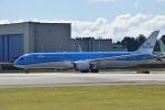 romyさんが、ペインフィールド空港で撮影したKLMオランダ航空 787-9の航空フォト(写真)