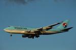 中トロ・バジーナさんが、羽田空港で撮影した大韓航空 747-4B5の航空フォト(写真)