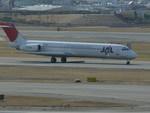 うすさんが、伊丹空港で撮影した日本航空 MD-87 (DC-9-87)の航空フォト(写真)