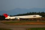 フリューゲルさんが、秋田空港で撮影した日本航空 MD-81 (DC-9-81)の航空フォト(写真)