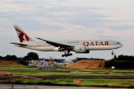 こだしさんが、成田国際空港で撮影したカタール航空 777-2DZ/LRの航空フォト(写真)