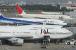 肉食獣さんが、福岡空港で撮影した日本航空 747-346の航空フォト(写真)
