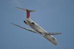 あっしーさんが、羽田空港で撮影した日本航空 MD-81 (DC-9-81)の航空フォト(写真)