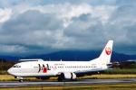 菊池 正人さんが、石垣空港で撮影した日本航空 737-446の航空フォト(写真)