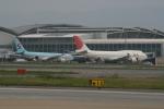 hachiさんが、福岡空港で撮影した日本航空 747-446の航空フォト(写真)