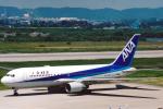 菊池 正人さんが、富山空港で撮影した全日空 767-281の航空フォト(写真)