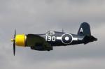 リックさんが、ファンボロー空港で撮影した不明 F4U Corsairの航空フォト(写真)