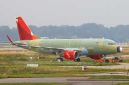りんたろうさんが、ハンブルク・フィンケンヴェルダー空港 で撮影したアビアンカ航空 A319-115の航空フォト(写真)