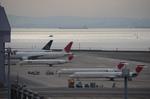 ウッディさんが、羽田空港で撮影した日本航空 MD-90-30の航空フォト(写真)