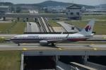 はれいろさんが、クアラルンプール国際空港で撮影したマレーシア航空 737-8FZの航空フォト(写真)