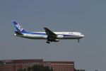 クルーズさんが、成田国際空港で撮影した全日空 767-381/ERの航空フォト(写真)