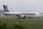 チャッピー・シミズさんが、成田国際空港で撮影したシンガポール航空 777-212/ERの航空フォト(写真)