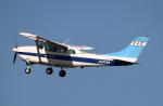 なごやんさんが、名古屋飛行場で撮影した第一航空 TU206F Turbo Stationairの航空フォト(写真)