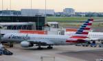 Juliaさんが、アムステルダム・スキポール国際空港で撮影したアメリカン航空 757-223の航空フォト(写真)