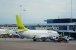 Juliaさんが、アムステルダム・スキポール国際空港で撮影したエア・バルティック 737-33Aの航空フォト(写真)