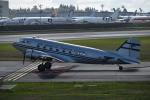 romyさんが、ペインフィールド空港で撮影したHISTORIC FLIGHT FOUNDATION DC-3Cの航空フォト(写真)