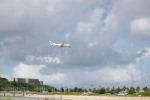 akira.oさんが、那覇空港で撮影した海上保安庁 DHC-8-315 Dash 8の航空フォト(写真)