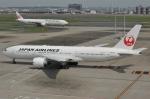 unknownさんが、羽田空港で撮影した日本航空 777-246/ERの航空フォト(写真)