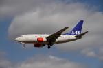 コタちゃんさんが、ロンドン・ヒースロー空港で撮影したスカンジナビア航空 737-683の航空フォト(写真)