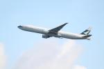 職業旅人さんが、香港国際空港で撮影したキャセイパシフィック航空 777-367/ERの航空フォト(写真)