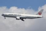 Semirapidさんが、福岡空港で撮影した日本航空 777-246/ERの航空フォト(写真)