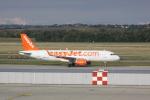 しかばねさんが、フェレンツリスト国際空港で撮影したイージージェット A320-214の航空フォト(写真)