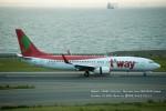 かみきりむしさんが、中部国際空港で撮影したティーウェイ航空 737-8BKの航空フォト(写真)