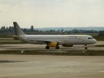 TUILANYAKSUさんが、パリ オルリー空港で撮影したブエリング航空 A321-231の航空フォト(写真)