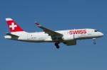 よっしぃさんが、チューリッヒ空港で撮影したスイスインターナショナルエアラインズ BD-500-1A10 CSeries CS100の航空フォト(写真)
