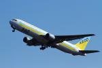えすてるさんが、新千歳空港で撮影したAIR DO 767-33A/ERの航空フォト(写真)