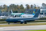 m-takagiさんが、ペインフィールド空港で撮影したアメリカ空軍 KC-46A (767-2LK/ER)の航空フォト(写真)