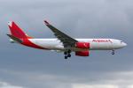 PASSENGERさんが、ロンドン・ヒースロー空港で撮影したアビアンカ航空 A330-243の航空フォト(写真)