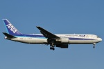 camelliaさんが、成田国際空港で撮影した全日空 767-381/ERの航空フォト(写真)