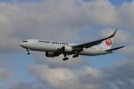 bmwx5さんが、成田国際空港で撮影した日本航空 767-346/ERの航空フォト(写真)