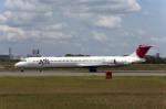 Gambardierさんが、伊丹空港で撮影したJALエクスプレス MD-81 (DC-9-81)の航空フォト(写真)