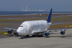 Willieさんが、中部国際空港で撮影したボーイング 747-4J6(LCF) Dreamlifterの航空フォト(写真)