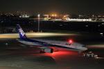 とりてつさんが、羽田空港で撮影した全日空 777-281/ERの航空フォト(写真)