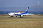 プレミアムさんが、稚内空港で撮影した全日空 767-381の航空フォト(写真)