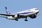 ドラパチさんが、成田国際空港で撮影した全日空 767-381/ERの航空フォト(写真)