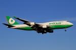 ウッディーさんが、新千歳空港で撮影したエバー航空 747-45Eの航空フォト(写真)